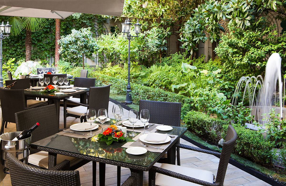 Restaurant jard n de recoletos vp hoteles madrid for Restaurant o jardin